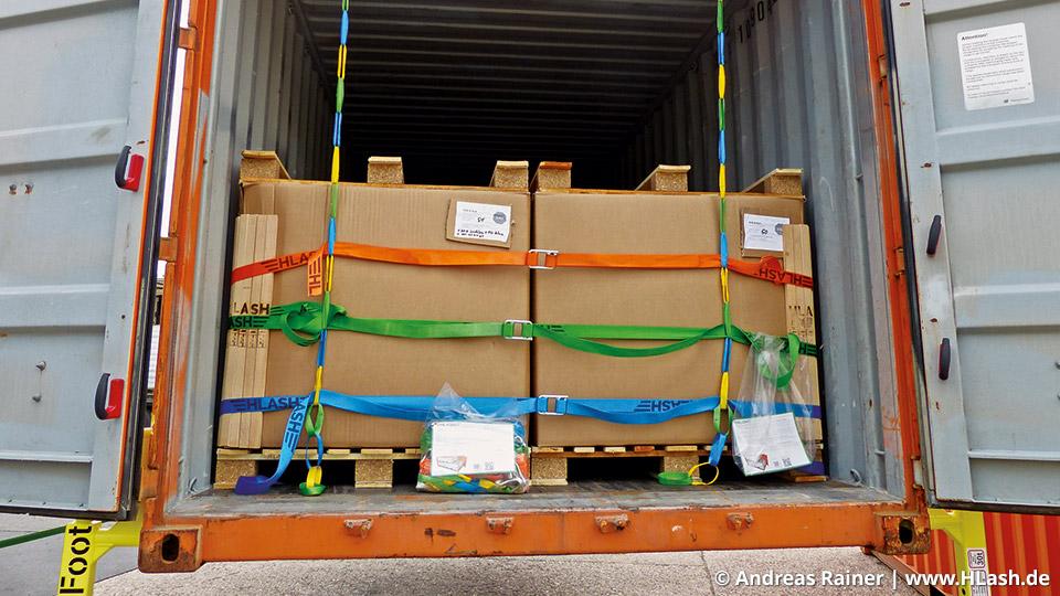 HLash GmbH zertifiziertes RHS+ Rückhaltesystem für Ladungssicherung im Container
