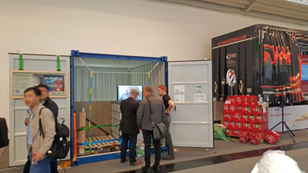 HLash Messestand Ladungssicherung im Container transport logistic münchen